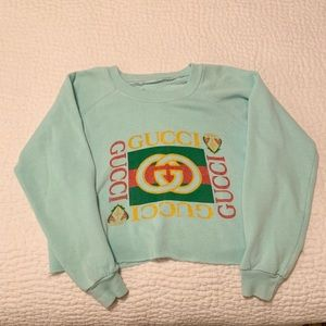 Sweaters - Gucci Vintage Sweatshirt - not authentic